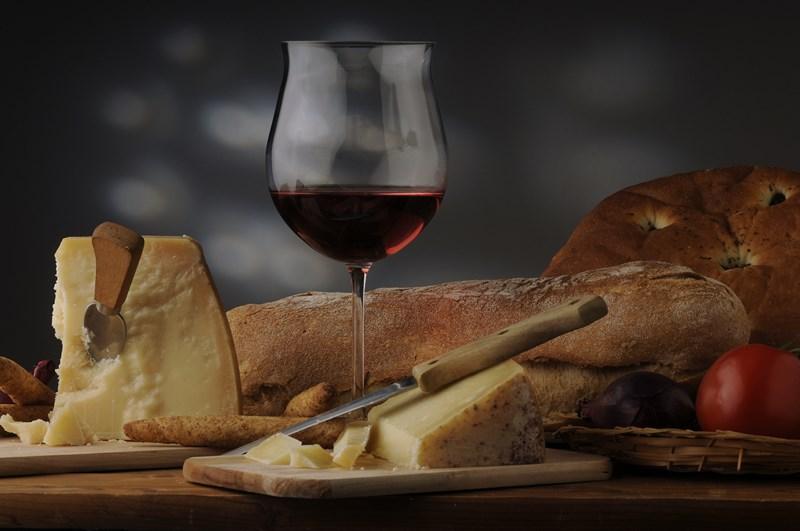 Du vin du pain et du fromage