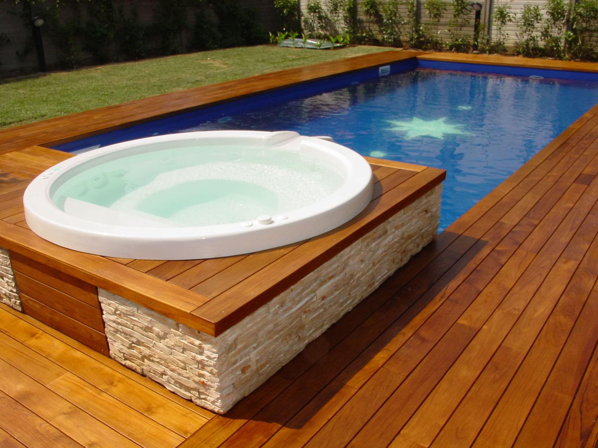 Optez pour la terrasse nature-bois-concept.com/terrasse-bois-exotique.php